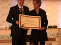 Golombek con Irina Bokova, directora de Ciencias de Unesco